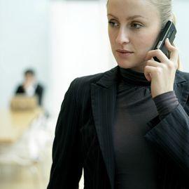 autóbérles telefon